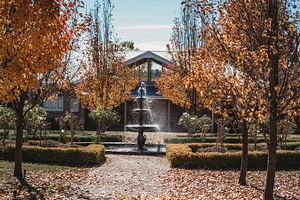 Waldara's fountains in Autumn
