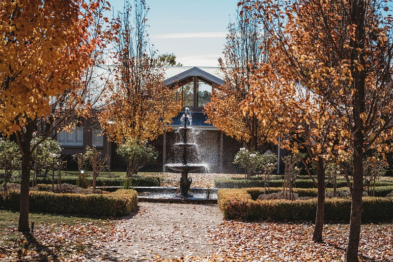 Waldara's fountains in Autumn